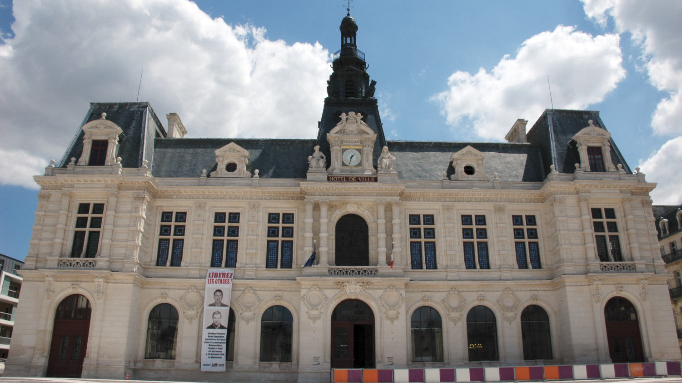 Town hall in Poitiers