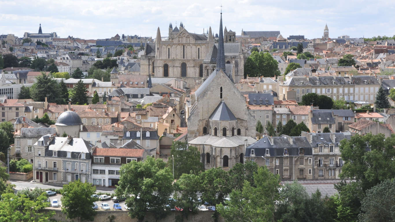 The town of Poitiers